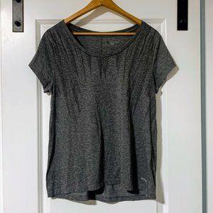 🏃🏻♀️ 2/$30 Cloudveil Sitka Branch t-shirt